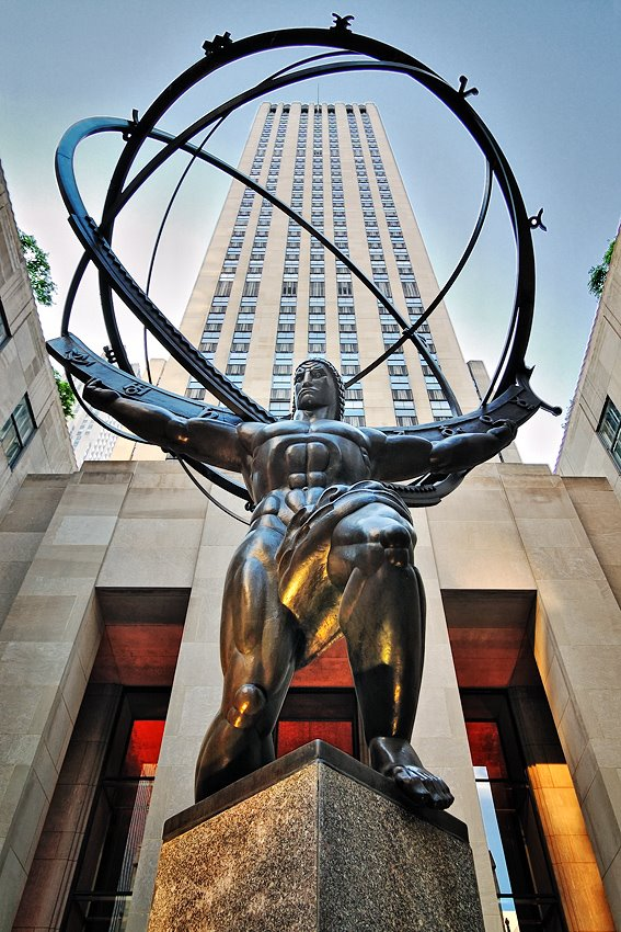 Statue of Atlas in the Rockefeller Center