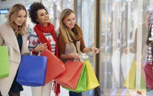 3 girls shopping